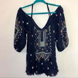 Ecote Urban Outfitters Cold Shoulder Boho Top Med